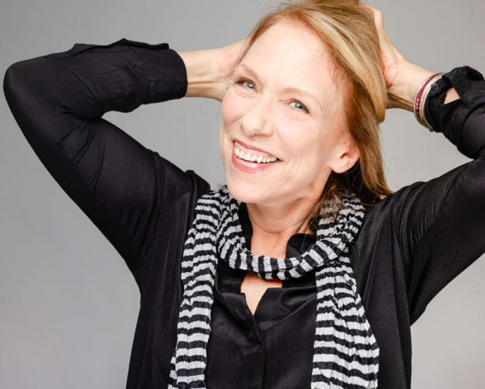 Liza Donnelly is a cartoonist and writer withThe New Yorker Magazine, and resident cartoonist atCBS News. She also writes for theNew York Times, Forbes.com, andMedium.